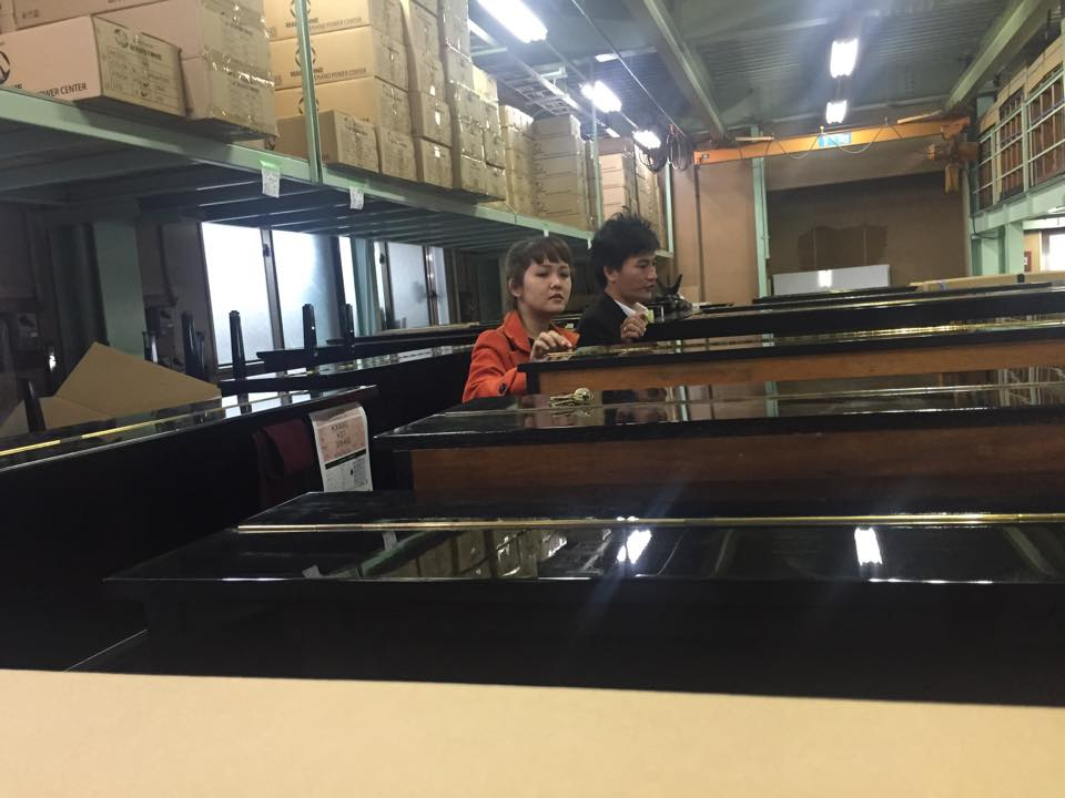 Piano nhập khẩu tại Nhật Bản