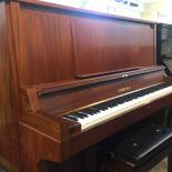 PIANO YAMAHA W101B
